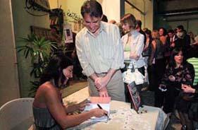 Lançamento dos livros e autógrafos